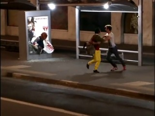 "�������-�������� ������ ""��������� ����"" �� ��������� / Commercial-joke at the bus-station Curse of Chucky"